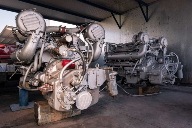 Verniciatura motore detroit diesel